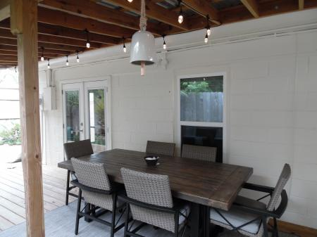 Click to enlarge image Large outdoor dining space - La Perla, Gorgeous remodel, 1 BR 1 BA Cottage, Fenced Yard, Backyard Oasis -