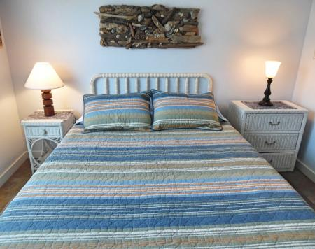 Click to enlarge image Bedroom #1 with handmade driftwood/shells wall hanging - Trout Quarters - 2 Bedroom townhouse 3 blocks from the beach
